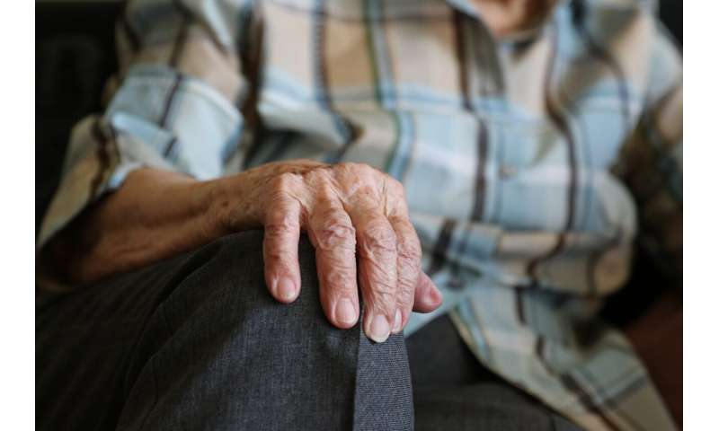 Elderly should consider residential care before a health crisis