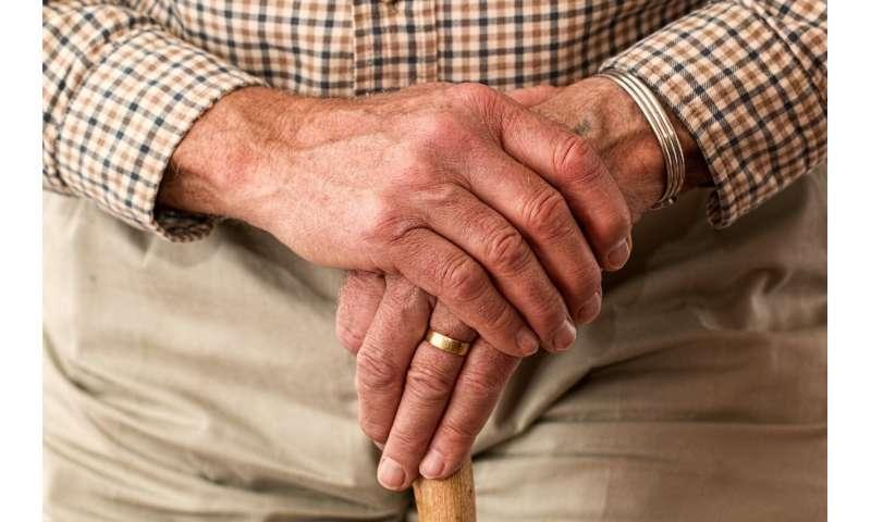 hands old
