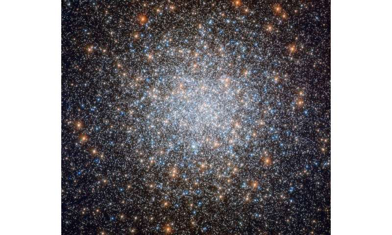Hubble peers at cosmic blue bauble