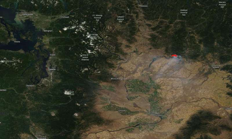 Image: Washington state suffers from Williams Flats Fire caused by lightning
