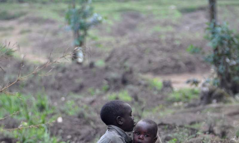 In poor countries, birth spacing affects infant mortality