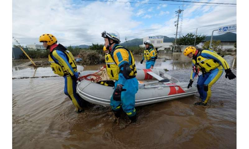 "Japanese Prime Minister Shinzo Abe said rescue units ""are trying their best"" to reach those still unaccounted for afte"