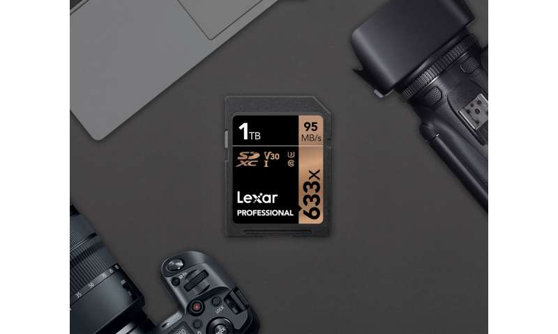 Lexar lifts flash memory storage card to 1TB level