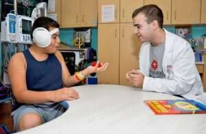 """Magic therapy"" program helps reduce pediatric patient anxiety"