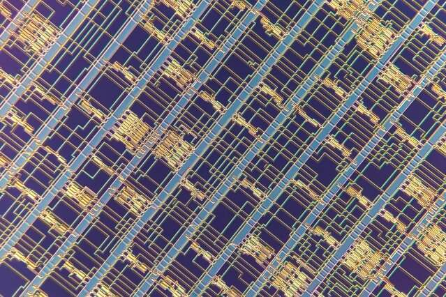 Engineers build advanced microprocessor out of carbon nanotubes