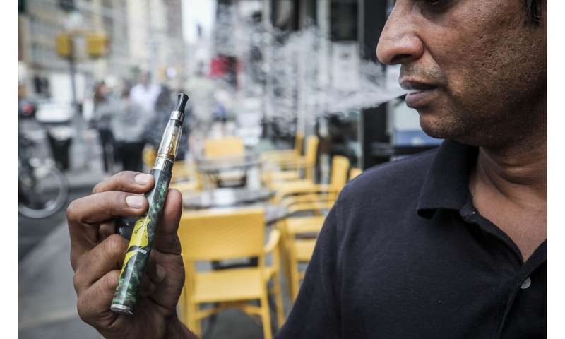 New York City lawmakers vote to ban flavored vaping products