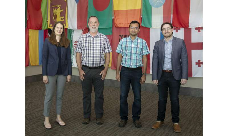 ORNL investigates complex uranium oxides with help from CADES resources