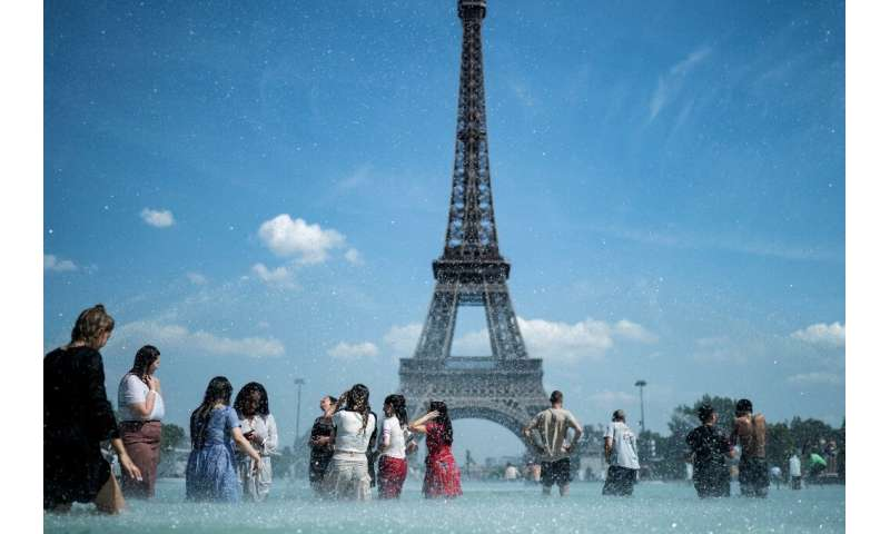 "Paris has become the latest world city to declare a ""climate emergency"""