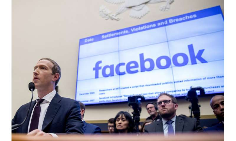 Reports: FTC may try to block Facebook from integrating apps