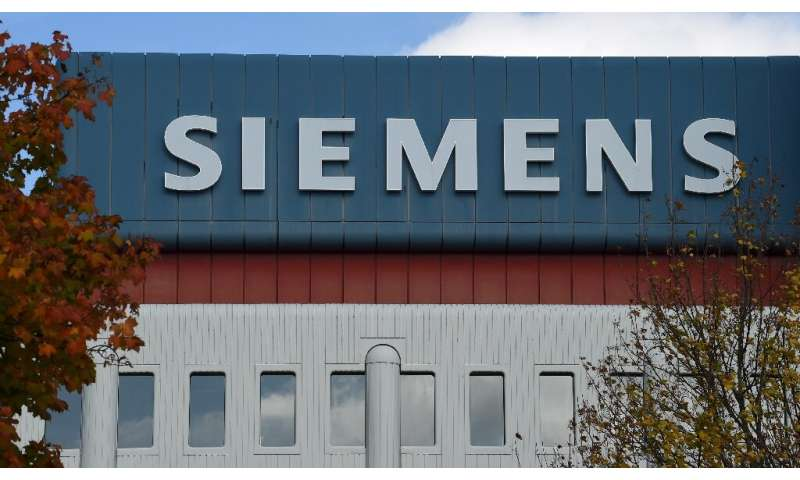 Siemens plans to spin off its struggling gas and power unit to prepare it for a potential stock market listing next year