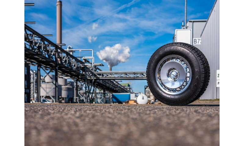 What Is Rubber Made Of >> Synthetic Rubber Outperforms Natural Rubber