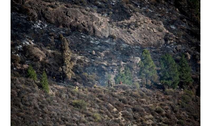The blaze spread across 23 kilometres since erupting Saturday in the western municipality of Artenara near the provincial capita