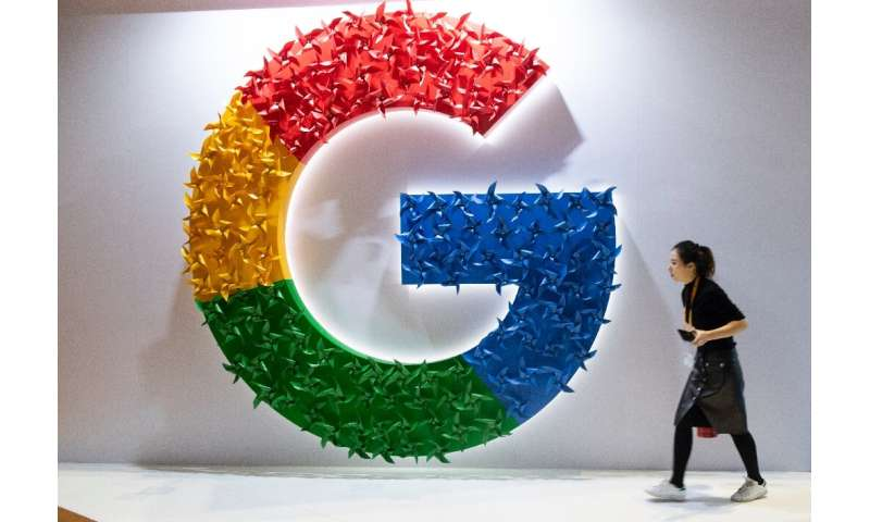 The EU's top court is to decide whether Google needs to apply the 'right to be forgotten' ruling to all its search websites worl