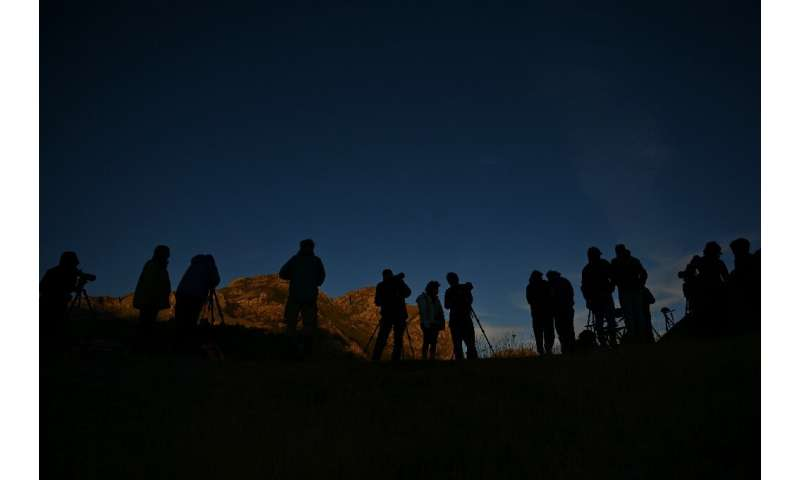 These days, the bears in Somiedo natural park have proved to be a draw for tourists, with enthusiasts emerging before dawn in th