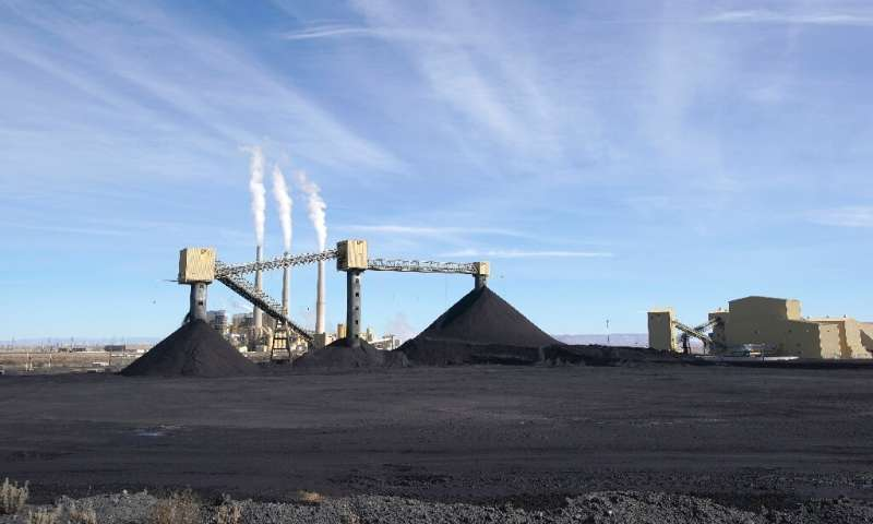 US coal fired power output is falling sharply as renewables come on line to replace plants like Pacificorp's Hunter facility in