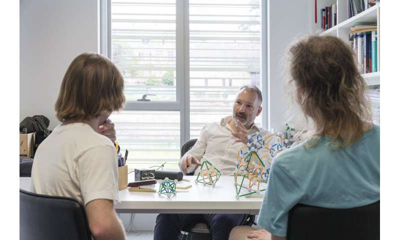 World-record quantum computing result for Sydney teams