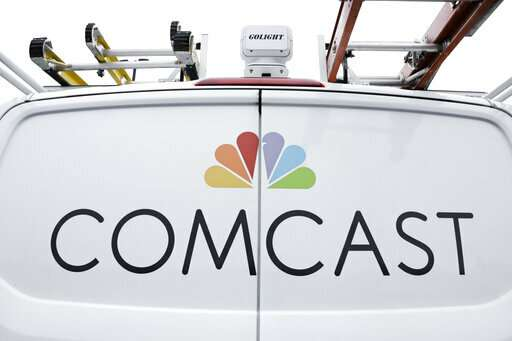 You dumped cable? Comcast hopes to reel you back in