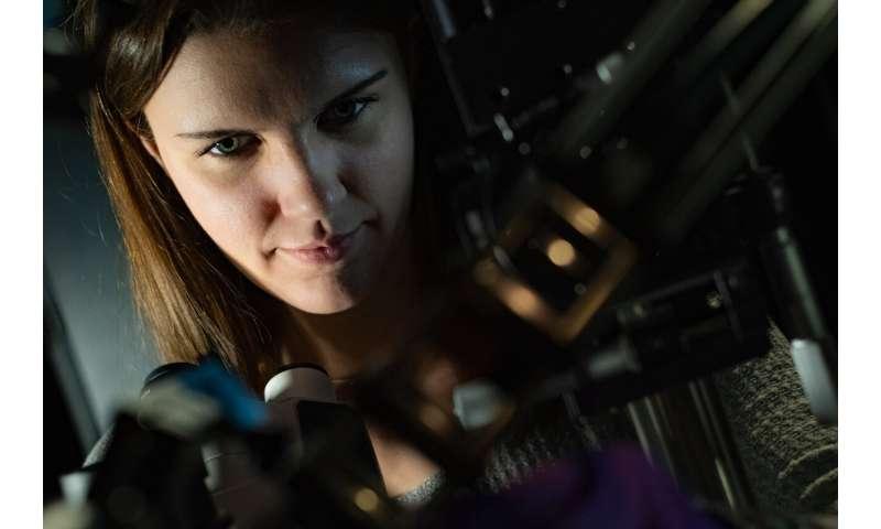 Cartwheeling light reveals new optical phenomenon