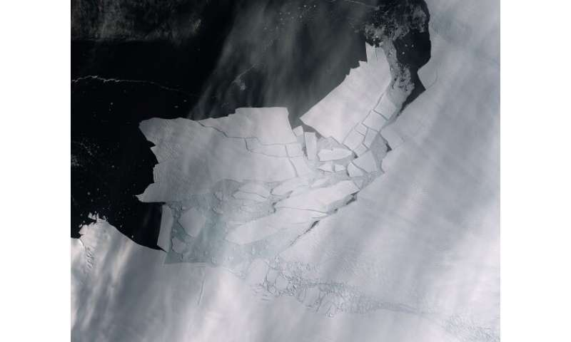 Damage uncovered on Antarctic glaciers reveals worrying signs for sea level rise