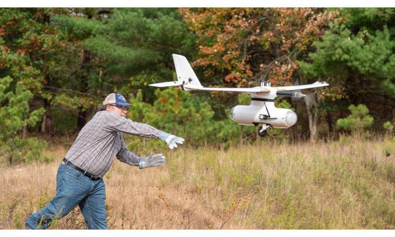Drones help calibrate radio telescope at Brookhaven Lab