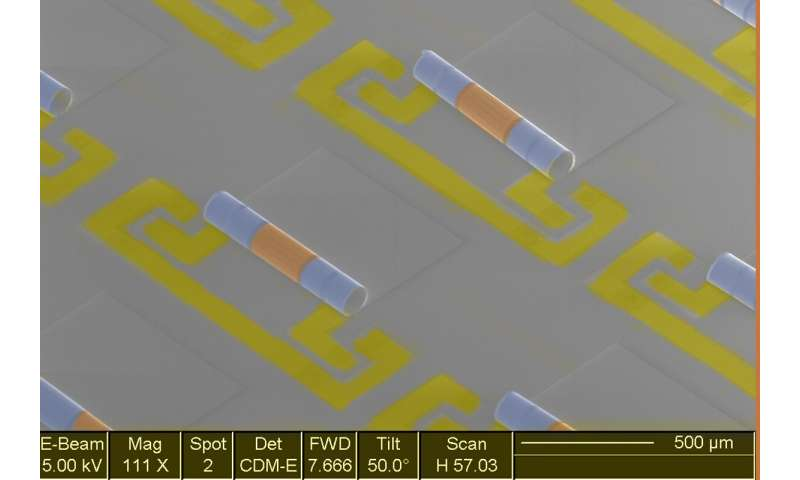 Electronic components join forces to take up 10 times less space on computer chips