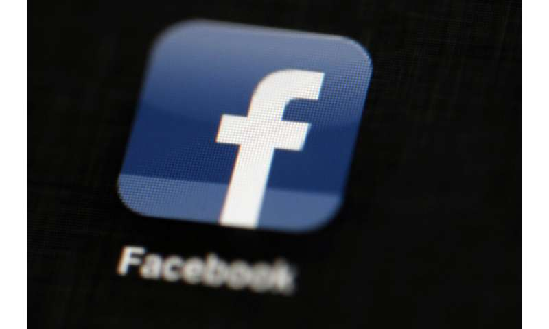 Facebook removes another 900 accounts linked to hate groups