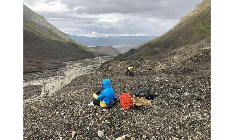 Glacier detachments: A new hazard in a warming world?
