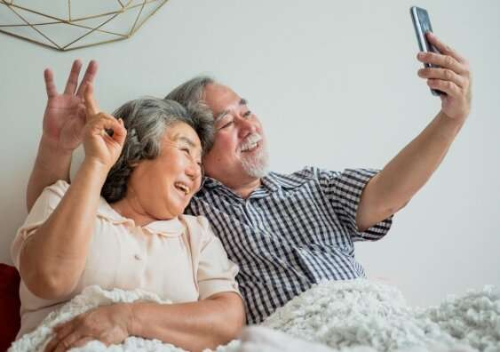 How to help your relatives stay connected online during COVID-19