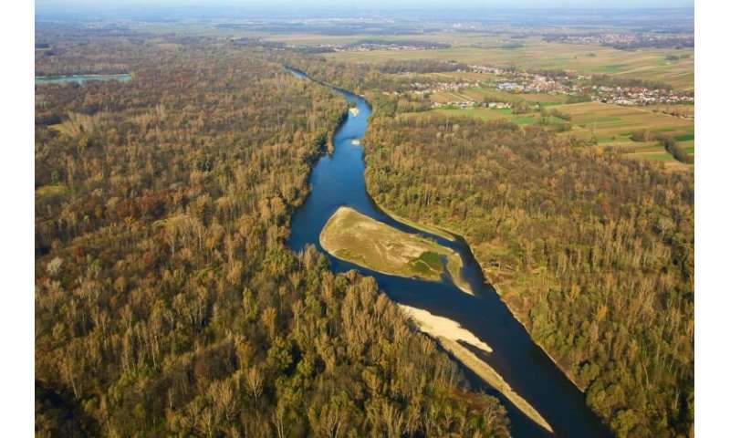 Huge boost to dam removal movement in new EU biodiversity strategy