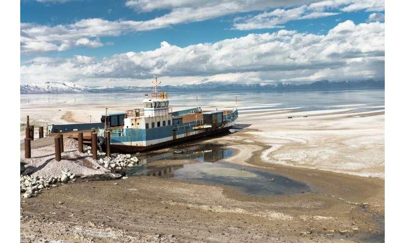 Irán: décadas de uso insostenible del agua han secado los lagos y han causado la destrucción del medio ambiente.