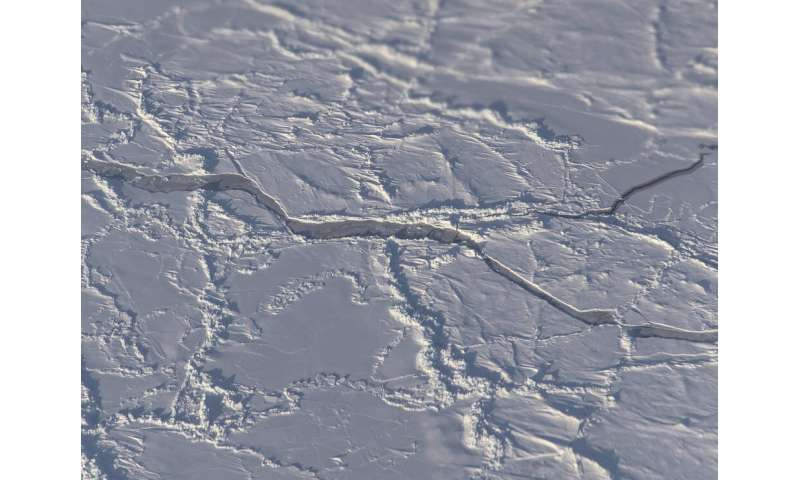 NASA's ICESat-2 measures arctic ocean's sea ice thickness, snow cover