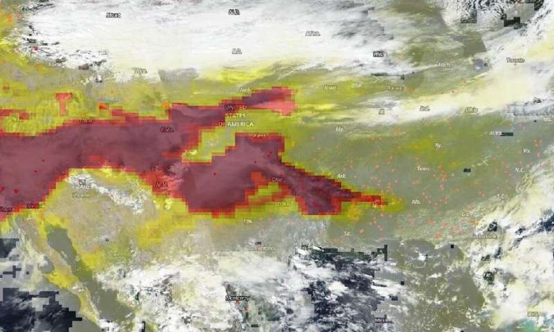NOAA-NASA Suomi NPP captures fires and aerosols across America
