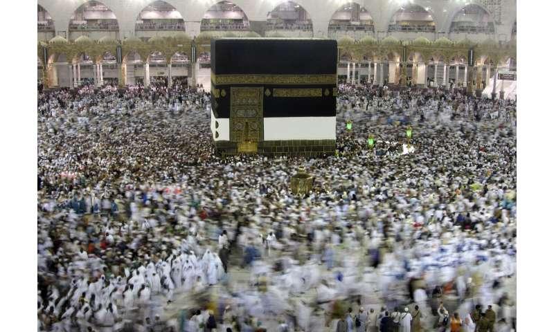 Saudi Arabia halts travel to Islam's holiest site over virus