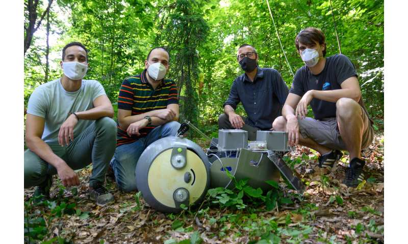 'SlothBot in the Garden' demonstrates hyper-efficient conservation robot