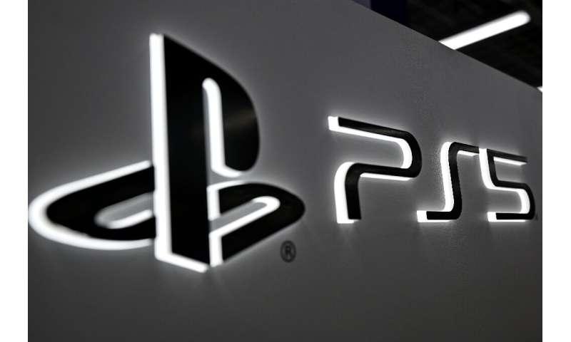 Sony PS5 diluncurkan hanya beberapa hari setelah Xbox baru Microsoft menghantam toko-toko di seluruh dunia
