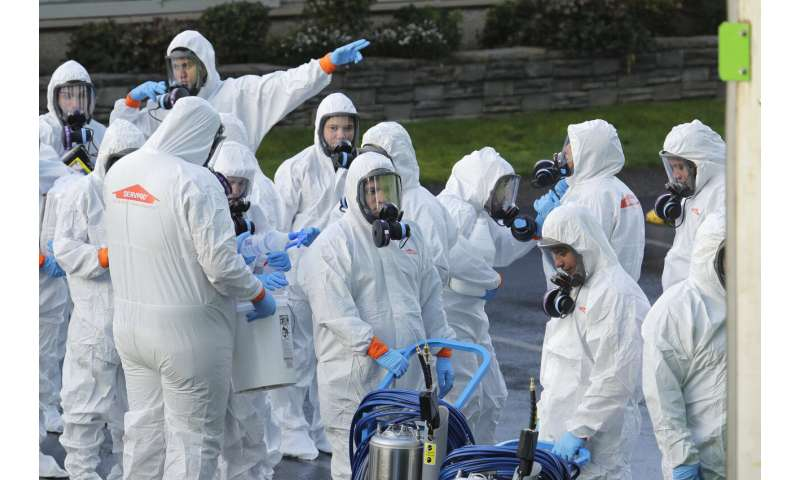 States race to stop virus, as official warns of worse ahead