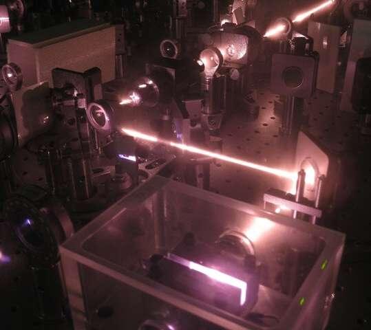 Surprising communication between atoms could improve quantum computing