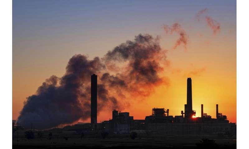 US energy use hit 30-year low during pandemic shutdowns