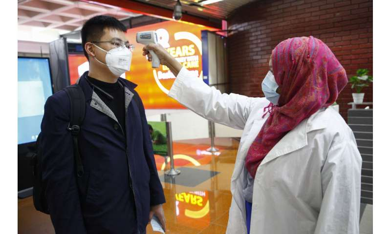 Health experts: Human-to-human spread of new virus worrying