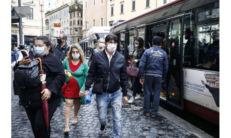 Italy imposes mask mandate outside and in as virus rebounds
