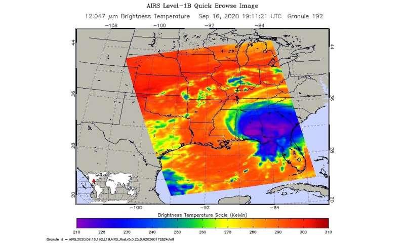 NASA analyzes rainfall and rainmaking capability in Hurricane Sally