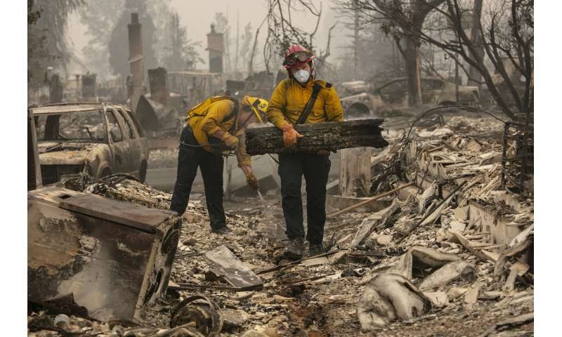 Smoke chokes West Coast as wildfire deaths keep climbing