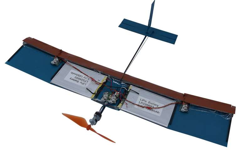 Researchers develop new bio-inspired wing design for small drones