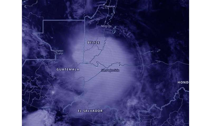 NASA-NOAA satellite catches Hurricane Nana making landfall under cover of night