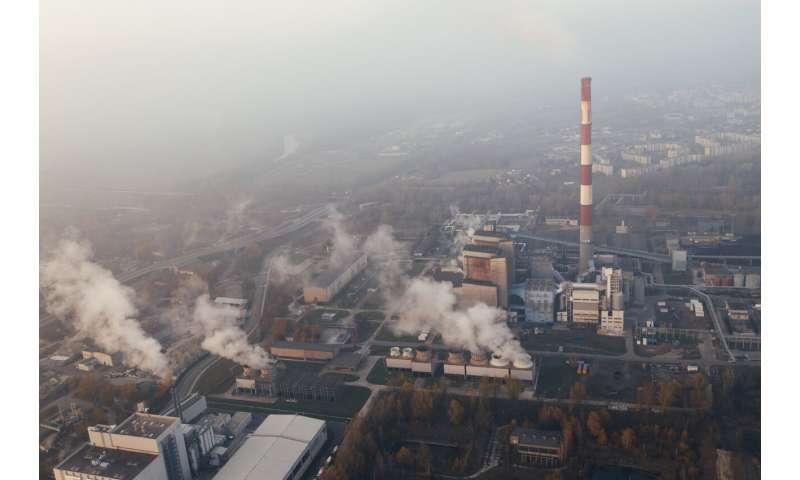 استفاده از اسید جامد برای کاهش دی اکسید کربن و تجزیه ضایعات پلاستیکی و زباله های پلاستیکی CO2