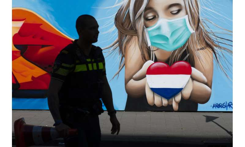 Dutch government unveils coronavirus vaccination plans