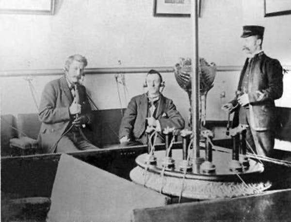 Elektrofon: gadget era Victoria yang merupakan pendahulu streaming langsung