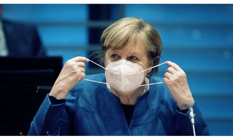 EU chief calls for common tests, tracing as virus surges