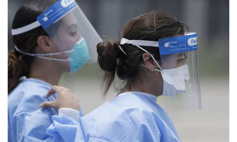 Florida tops 500K virus cases as testing resumes after storm