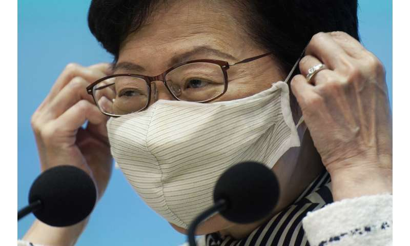 Hong Kong begins mass-testing for virus amid public doubts